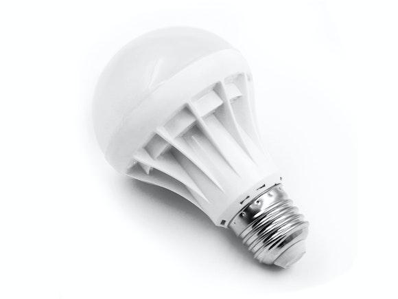 LED Light Bulb E27 5W Warm White