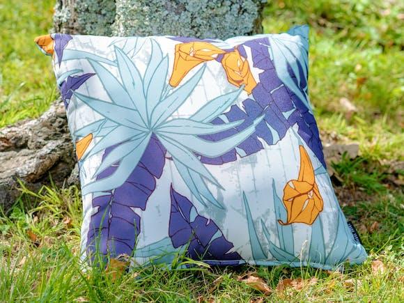 Outdoor Cushion Blue Tropic