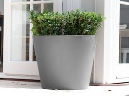 Cubeta Fiberstone Planter Grey 168L