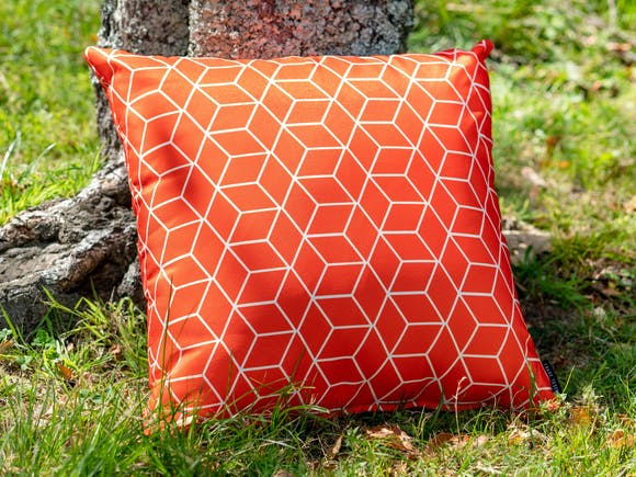 Outdoor Cushion Geo Red