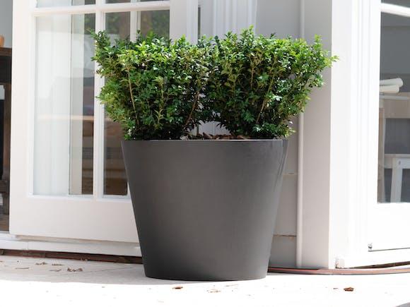 Cubeta Fiberstone Planter 96L