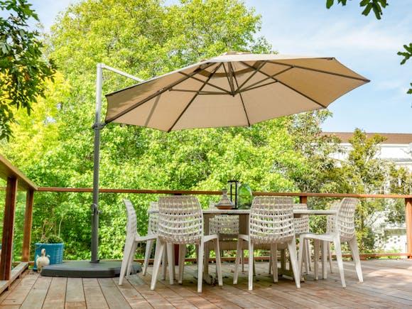 Shelta Pandanus Cantilever Umbrella Olefin 3.3m - Taupe