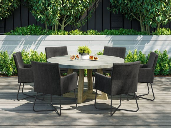 Tate Concrete Round Outdoor Dining Table with Berg Chairs
